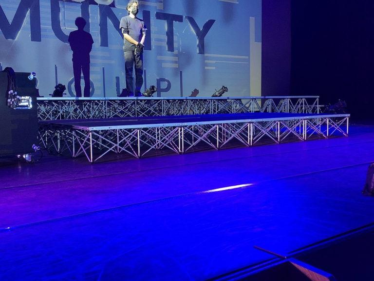 簡易ステージを使ってイベントをするなら、イベント21愛知支店へ!